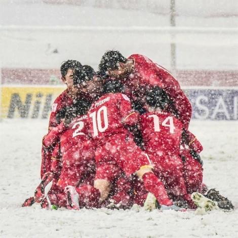 U23 Việt Nam 'hiên ngang' trong trận chung kết: Lửa trong mưa tuyết