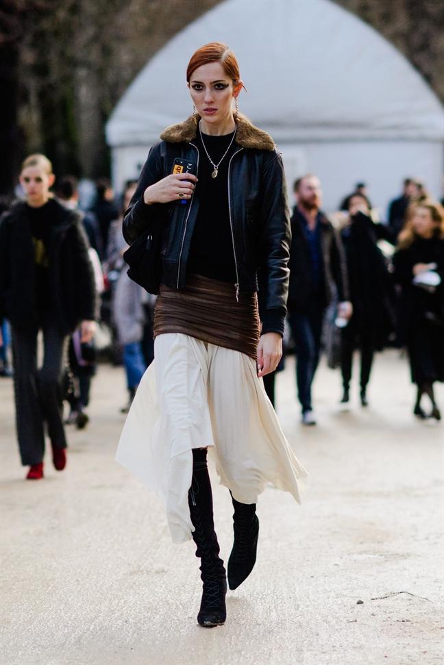 Street style pha cach duoc ua chuong tai Tuan le thoi trang Paris