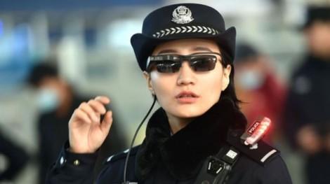Kính nhận diện khuôn mặt – vũ khí mới của cảnh sát Trung Quốc