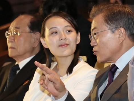 Em gái Kim Jong Un 'ghi điểm' khi đến Hàn Quốc