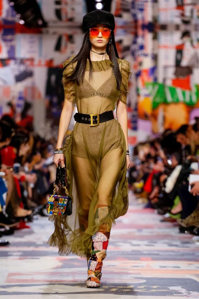 Thiet ke cua nha mot hang dau the gioi Dior lay cam hung tu men vai vun?