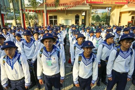 Gần 4.500 tân binh TP.HCM hăng hái lên đường nhập ngũ