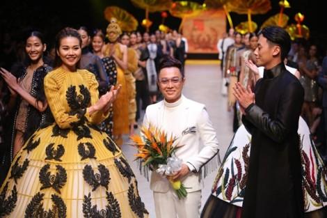 NTK Công Trí mở màn 'Tuần lễ Thời trang Quốc tế Việt Nam Xuân Hè 2018'