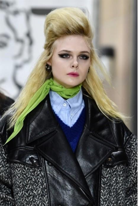 Kiểu tóc ấn tượng đến kỳ quái tại tuần lễ thời trang
