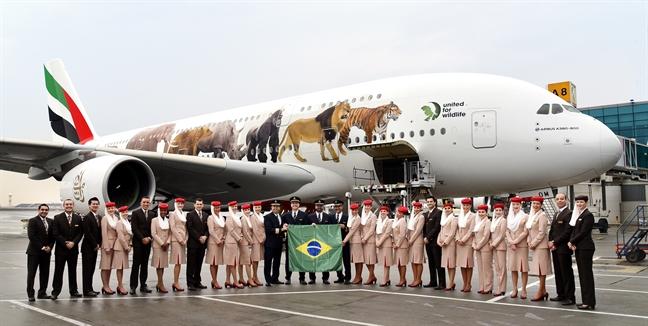 Emirates ton hang trieu bang boi thuong cho hanh khach bi hoan bay