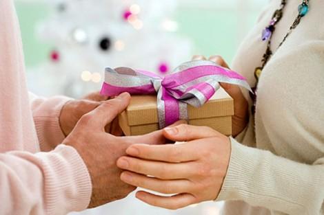 Vì sao tôi không bao giờ mua quà tặng mẹ chồng?