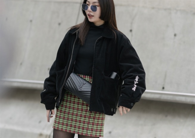Trang phuc ca tinh 'chiem song' duong pho tuan le thoi trang Seoul