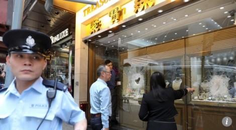 Hồng Kông: Số trang sức trị giá 18 triệu HKD bốc hơi ngay giữa ban ngày