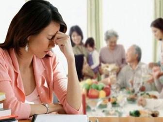 Quá mệt mỏi vì lối cư xử ích kỷ và tùy tiện của nhà chồng