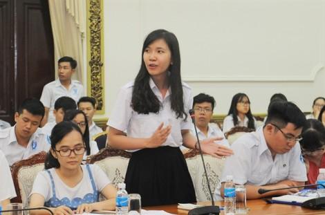 Chủ tịch Nguyễn Thành Phong: Lãnh đạo TP đồng hành cùng sinh viên trong cách mạng 4.0