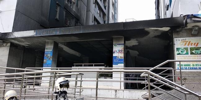 Vu chay chung cu Carina: Tam ngung phan cong mot dai uy Canh sat PCCC