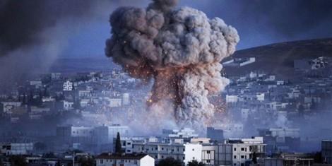 Hỗn loạn ở Nhà Trắng làm nguy hại đến cuộc chiến chống IS?