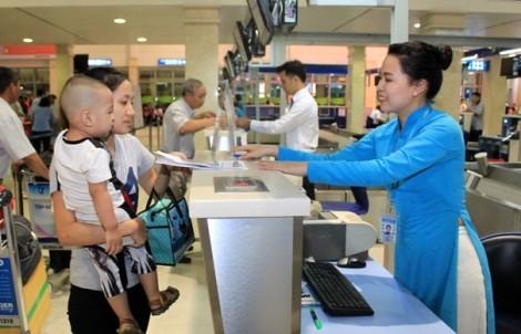 Từ 1/4, giá vé máy bay trẻ em tăng gần bằng vé người lớn
