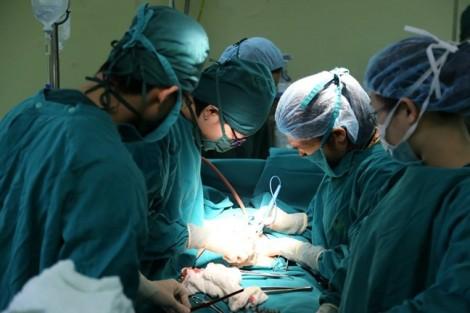 Bị cắt bỏ hoàn toàn tử cung vì lí do không ngờ