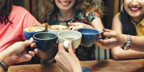 Quán cà phê các bà