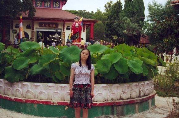 Cau chuyen cam dong ve nu hoa si thieu nang Thanh Thuy tren dat Phap