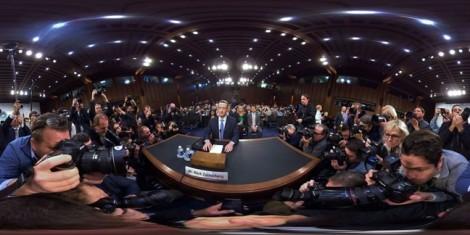 'Vũ khí' giúp ông chủ Facebook Mark Zuckerberg tự tin khi ngồi 'ghế nóng'