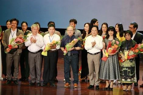 Thứ trưởng Vương Duy Biên: 'Kéo khán giả đến với sân khấu là mục tiêu lớn nhất'