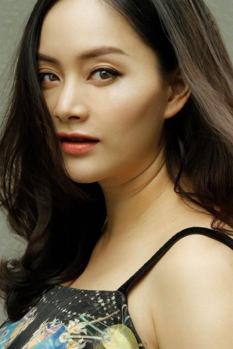 Diễn viên Lan Phương: 'Càng lo lắng, càng khó giảm cân'
