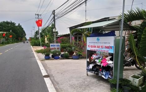Nghĩa tình từ tủ đồ 'Ai dư thì cho, ai cần thì lấy' ở Sài Gòn