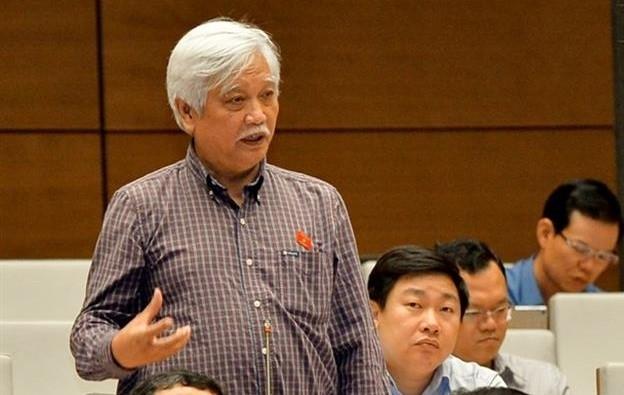 DB Duong Trung Quoc: 'Can bo thuong chi co xuong la xuong han, khong len duoc'