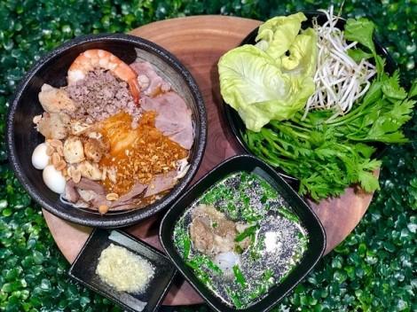 Mẹ đảm bày cách tự nấu hủ tiếu Nam Vang đơn giản, ai ăn cũng gật đầu khen ngon