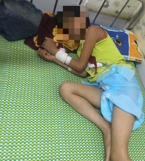 Bé trai 11 tuổi nguy kịch vì uống… 1 lít rượu