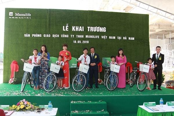 Manulife Viet Nam mo rong van phong tu Nam ra Bac