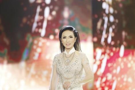 Ca sĩ Mỹ Huyền: 'Tôi vẫn truân chuyên, không chồng, không con'