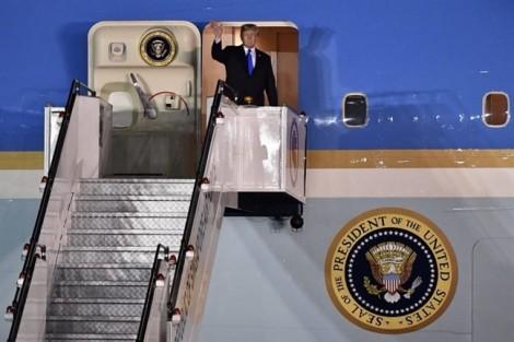 Tổng thống Trump tới Singapore, sẵn sàng cho hội nghị với lãnh đạo Triều Tiên