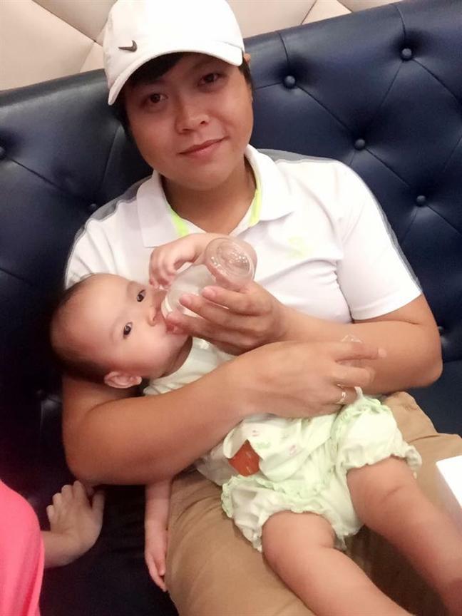 Co gai Bac di choi Da Nang, gap 'phi cong' kem 5 tuoi: 'Em yeu chi mat roi!'