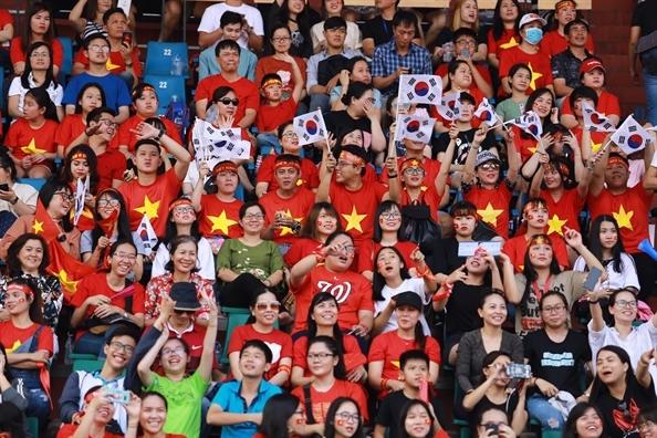 Nhung ai khong nen thuc khuya xem World Cup den 2 gio sang?