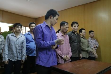 Giang hồ Sài Gòn cưỡng đoạt hơn nửa tỷ của nhóm mại dâm nam