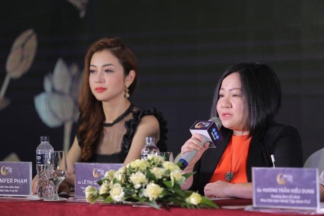 Hoa hau Ban sac Viet toan cau 'doi moi', nhung van thi bikini