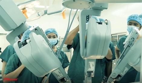 Phẫu thuật bằng robot được thực hiện thế nào?