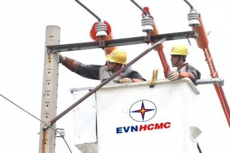 Ngành điện TP.HCM tích cực ứng phó sự cố điện mùa mưa