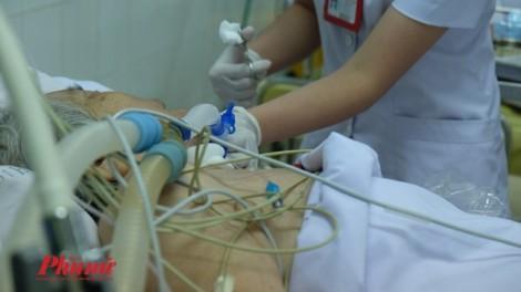 Bác sĩ Sài Gòn phối hợp 'mổ bắt con' cho thai phụ nhiễm cúm A/H1N1