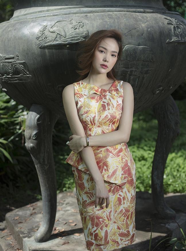 Minh Hang dep diu dang trong bo anh don tuoi moi