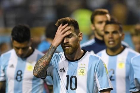 Mùa World Cup, tôi lại đứt ruột khi con cuồng bóng đá