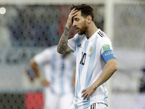 Khi cả thế giới quay lưng, Messi vẫn còn vợ và mẹ