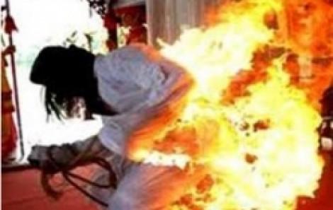 Truy bắt kẻ nhẫn tâm đốt người yêu nguy kịch