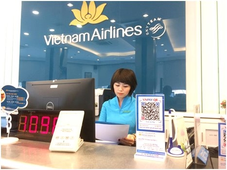 Tu thang 7, khach co the thanh toan ve Vietnam Airlines bang QR Code