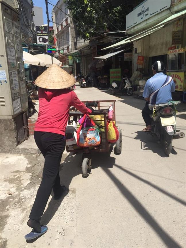 Nhung phu nu muu sinh duoi cai nang ky luc