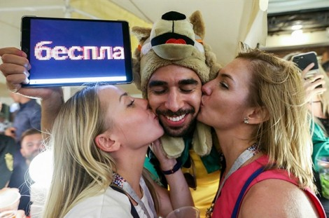 Đàn ông Nga khó chịu vì cảm thấy bị lép vế ở World Cup 2018