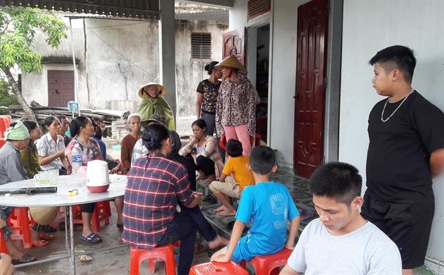 Hoan canh thuong tam cua thai phu bi chet chay tren xe khach khi di kham thai