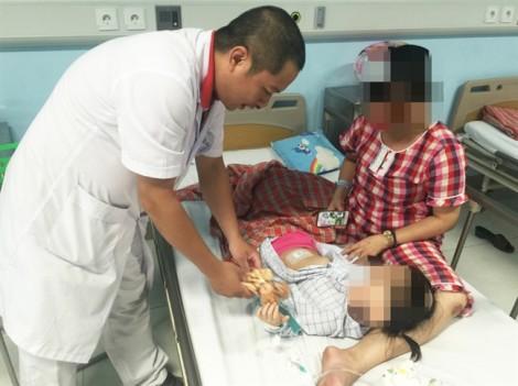 Hoại tử buồng trứng vì tưởng trẻ rối loạn tiêu hóa