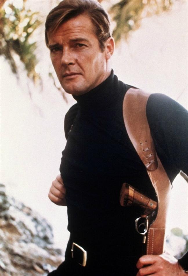 Con gai tai tu Roger Moore 007 ke ve quang doi tuyet dep ben nguoi cha huyen thoai