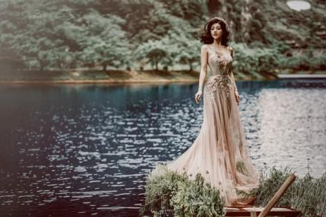 4 mẫu váy cưới xuyên thấu ngọt ngào cho nàng yêu vẻ gợi cảm