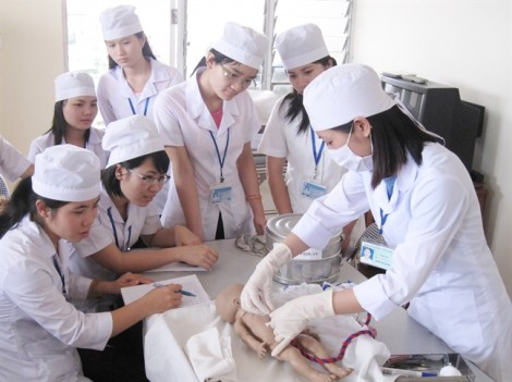 Đào tạo ngành y để lại hậu quả còn dài…