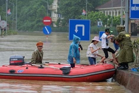 32 người chết và mất tích, 17 người bị thương do mưa lũ